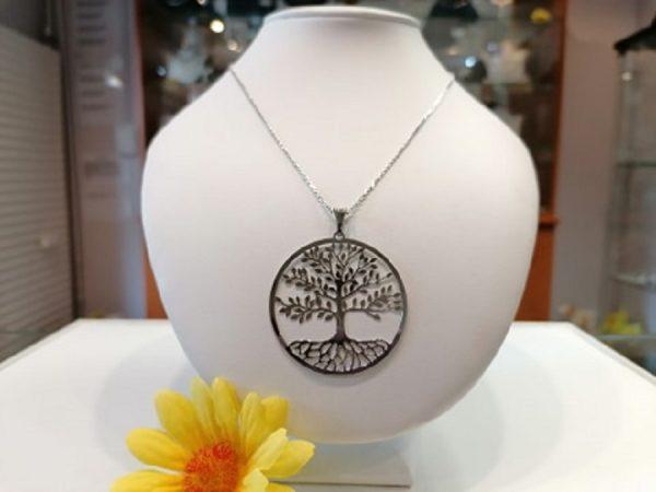 Ezüst lánc nagy életfa medállal