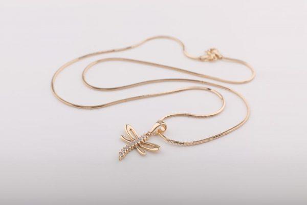 kígyó lánc szitakötő medállal